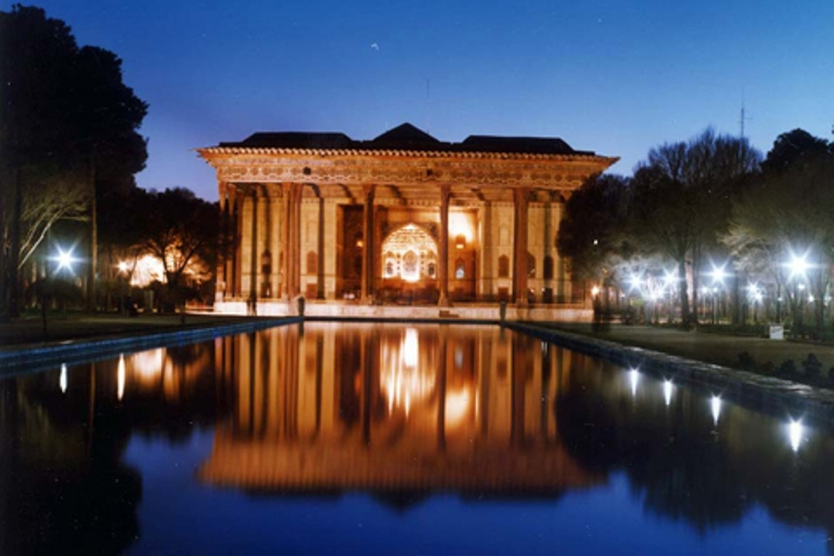 This great Safavid Palace was one of nearly 300 built in Isfahan when it was the capital of Iran. It was largely completed under Shah Abbas II (1642-1667), although work may have started on the palace as early as 1598, and is said to derive its name from the pillars which dominate the verandah.